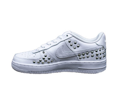 I19 Pierrot Nike Air Force 107 Borchiewhite 2 P.jpg