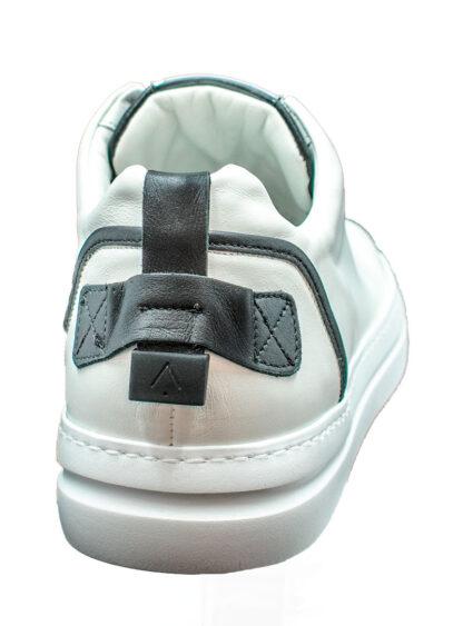 E20 Ed Parrish Pnlupr02white Black 3 P.jpg